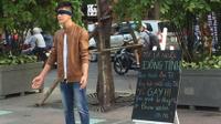 Sự thật về clip chàng trai dũng cảm công khai mình là người đồng tính gây 'náo loạn' phố đi bộ thời gian qua