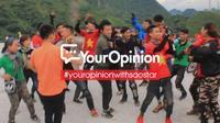 #YourOpinion: Cư dân mạng nói gì về clip phượt thủ 'quẩy' nhạc tưng bừng bên lề đường?