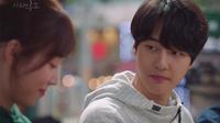 'Temperature Of Love': Phát ghen với 'bà cô già' khi được trai trẻ bế trên tay