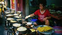 Truyền tai nhau quán bánh xèo không tên cực ngon ở quận Tân Bình, TP.HCM