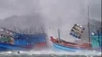 Vòi rồng khổng lồ nhấn chìm tàu cá ở Phú Quốc