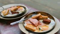 Lưu lại kí ức ẩm thực Sài Gòn bên món bánh mì chảo thân thuộc