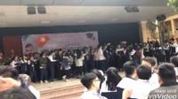 Trường mở nhạc Big Bang trong giờ ra chơi, học sinh 'quẩy' cuồng nhiệt như đi xem concert