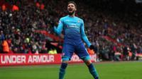 'Siêu dự bị' Giroud giúp Arsenal thoát thua phút 88