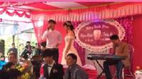 Sự thật đằng sau clip thanh niên hát 'Trái tim bên lề' trong đám cưới người yêu cũ và bạn thân