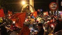'Thủ phủ cafe' lần đầu 'nhuộm' kín cờ đỏ ngay khi U23 việt nam vào chung kết