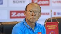 HLV Park Hang Seo: 'Chưa khi nào chúng tôi thi đấu trong tình trạng thời tiết khắc nghiệt đến vậy'