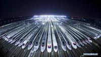 Tết 2018 đến gần, tàu cao tốc lại xếp hàng dài chuẩn bị cho 'cuộc di dân lớn nhất lịch sử'