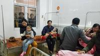 Nổ bình gas mini tại hội chợ, 7 học sinh tiểu học bị bỏng nặng