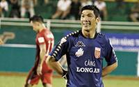 Cựu thủ môn Long An: 'Năm mới, mong VFF giảm án để tôi kiếm tiền nuôi gia đình'