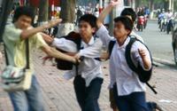 Can ngăn bạn đánh nhau, nam sinh lớp 12 bị đâm tử vong