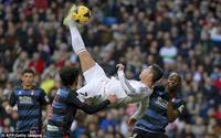 Cristiano Ronaldo: Cú 'xe đạp chổng ngược' của người không có ký ức