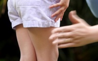 Thầy giáo bị tạm giữ để điều tra về hành vi dâm ô một số học sinh lớp 3