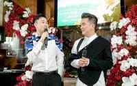 Dương Triệu Vũ khiến Mr. Đàm bối rối khi chi 100 triệu mua album ngay trong họp báo