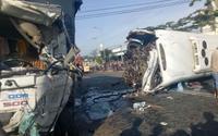 Xe khách đấu đầu xe tải, 11 người thương vong