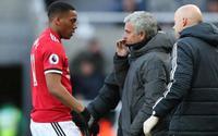 Vì trò cũ, Mourinho sẵn sàng biến Martial thành 'vật tế thần'