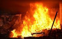Trộm đồ bất thành, quay sang châm lửa đốt nhà gia chủ