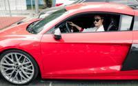 Chẳng mấy khi nhắc đến xe hơi nhưng Đông Nhi lại đang lái một chiếc siêu xe giá 13 tỷ đồng