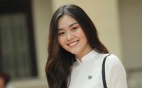 'Hot girl' trường Phan Đình Phùng nền nã với áo dài trong ngày hội bế giảng