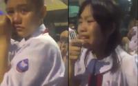 Học sinh lớp 5 vừa ôm nhau khóc nức nở trong lễ bế giảng vừa tự dỗ dành nhau 'nín đi mà'