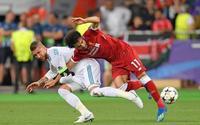'Đo ván' Salah, Ramos được huyền thoại M.U hết lời ngợi khen