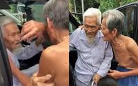 Nghẹn lòng khoảnh khắc chia tay của 2 cụ ông tri kỷ lúc trăm tuổi: 'Năm sau tôi lại xuống thăm ông nữa nghen'