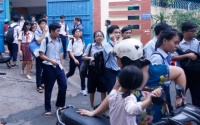 Kết thúc ngày đầu tiên kì thi tuyển sinh vào lớp 10, thí sinh hài lòng vì đề thi mới lạ nhưng vừa sức
