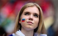 Cận cảnh dàn mỹ nhân Nga 'hâm nóng' khán đài World Cup 2018