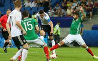 Đức - Mexico: Chờ hattrick của Muller!