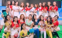 Những hot girl xinh đẹp thay nhau 'làm nóng' World Cup 2018