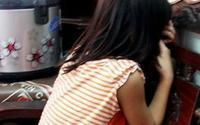Nhờ chở đi chơi, bé gái 5 tuổi bị thanh niên hiếp dâm ngay tại vườn tràm