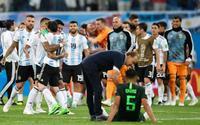 Báo chí thế giới nói gì khi Argentina 'thoát cử tử' ngoạn mục?