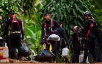Cả thế giới nín thở chờ lần giải cứu 5 thành viên còn lại đội bóng Thái Lan