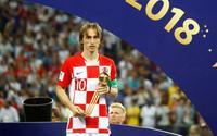 Ám ảnh ánh mắt đau thương, ngấn đầy lệ của Modric