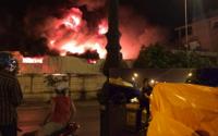 Vụ cháy kinh hoàng ở chợ Gạo: Nghẹt thở giây phút phá cửa cứu hai cháu bé bị mắc kẹt trong nhà