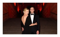 Bản tin làng mốt thế giới: Lộ diện hôn phu đẹp trai và siêu giàu có của thiên thần Victoria's Secret Karlie Kloss