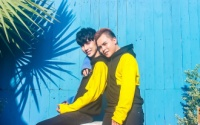 Chuyện tình ly kỳ của cặp đôi đồng tính từ ghét đến yêu, suýt mất nhau vì không có tự do