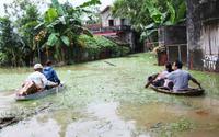 Ngập lụt ở Chương Mỹ, người dân đối mặt với nỗi lo dịch bệnh