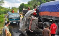 Hiện trường đầy ám ảnh vụ tai nạn 2 container đấu đầu, tài xế tử vong sau tiếng nổ lớn