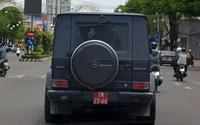 Chiếc xe sang Mercedes-Benz G55 gắn biển số đỏ ở Cần Thơ nghi bị làm giả