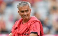 Mourinho đã bị ban lãnh đạo M.U 'chơi khăm' ở kỳ chuyển nhượng?
