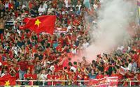 Fox Sports cảnh báo CĐV Việt Nam đừng tiếp tục đốt pháo sáng!