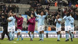 Huyền thoại Liverpool sợ Ngoại hạng Anh sẽ chẳng còn ai xem vì Man City