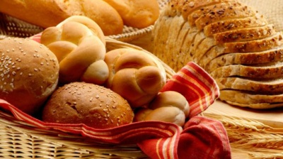 Bạn có biết bánh mì được xếp vào nhóm thực phẩm chứa nhiều muối cần tránh dùng thường xuyên