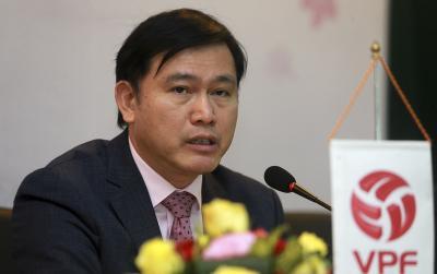 'Bầu' Tú giỏi thế nào để có thể 'ôm' nhiều vị trí lãnh đạo của bóng đá Việt Nam?