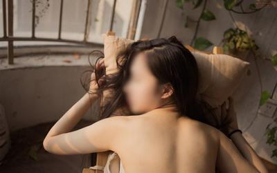 Tin vào lý do chưa đúng thời điểm nữ sinh nhận kết đắng bị vợ người yêu đánh ghen cạo đầu giữa đường
