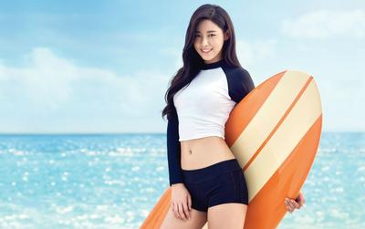 Học lỏm 'nữ hoàng sexy' Seolhyun 3 động tác đánh tan mỡ bụng siêu tốc