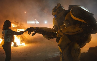 Bumblebee: Từ nhân vật phụ đến chiến binh được yêu mến nhất nhì thế giới robot