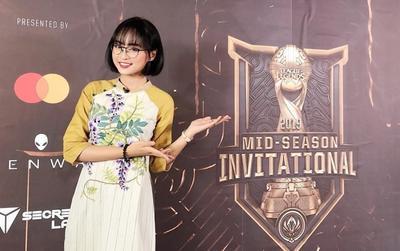 LMHT: Minh Nghi, cô MC 'xinh hết phần người khác' ở MSI 2019 là ai?