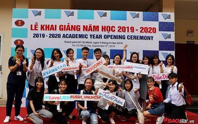 Hàng ngàn tân sinh viên Đại học Khoa học xã hội và Nhân văn TP.HCM náo nức trong ngày khai giảng năm học mới